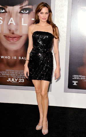Angelina Jolie wore little black dress