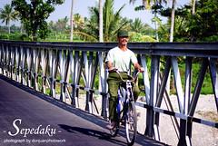 Sepedaku (Doni Ismanto) Tags: bike bicycle human cycle yogya orang donjuan manusia jembatan sepeda desa perkampungan sleman donjuanphotowork doniismanto donjuanphotography 08122654235
