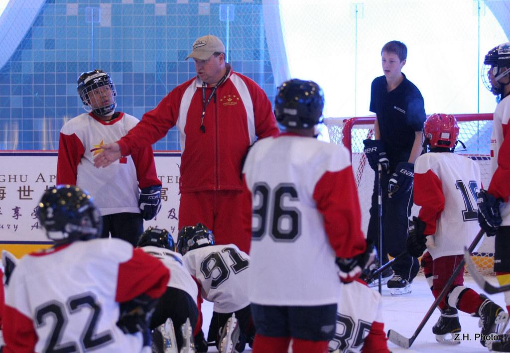 Coach Al Wozney in Pacific Stars Hockey Academy Summer 2011 Shanghai