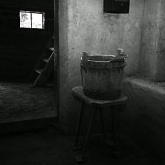 (gagilas) Tags: stilllife window kitchen stairs bucket rumiks lithuaniankitchen