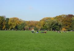 Central Park, NYC (strobiestrob) Tags: newyorkcity vacation newyork halloween 2009 davidletterman latenightwithdavidletterman