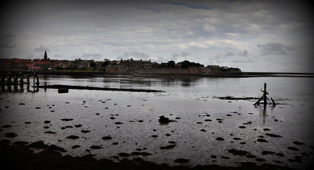 Berwick upon Tweed, Lowry Trail no13 Harbour
