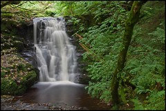 Talybont waterfall (Martyn.Smith. Back from Euro tour :)) Tags: longexposure water wales forest canon lens landscape eos photo waterfall flickr wasserfall cymru sigma falls welsh cascade cachoeira usk powys waterval talybont 1770mm 450d slowshutterspeedwater