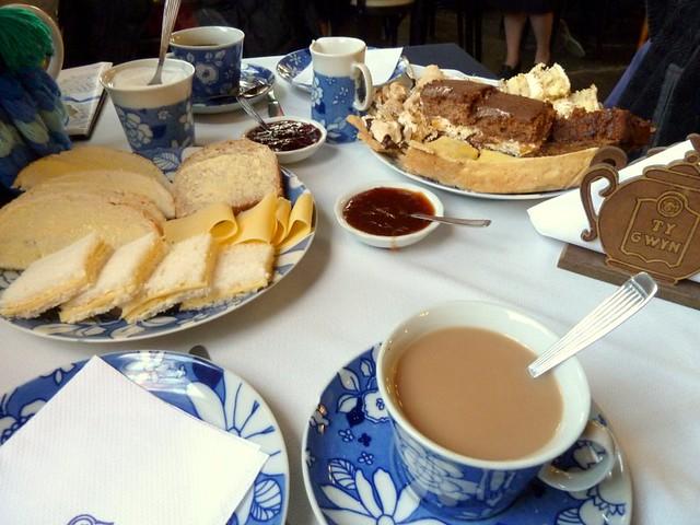 Té y tortas