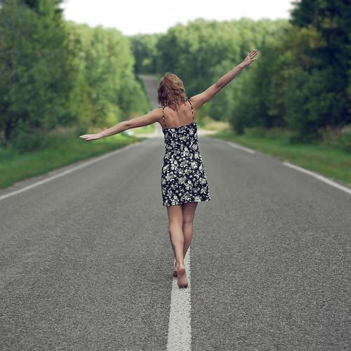 [フリー画像] 人物, 女性, 後ろ姿, 201109151500