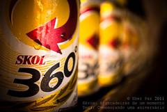 Comemorando uma aniversrio (Eber Paz) Tags: brazil brasil cores nikon arte poesia cerveja fotografia skol eber d60 2011 nikond60 eberpaz eberpaz eberpaz2011