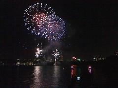 fireworks 2010 058 (Ashes58) Tags: fireworks sydney oprah 2010 fireworks2010