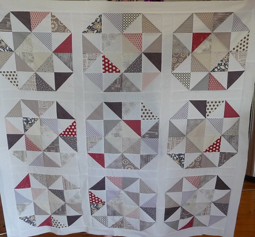 HST quilt top finished
