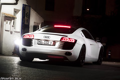 Matte white Audi R8 (Mario N.V.) Tags: blanco night noche shot mario nv mate audi luxury r8 deportivo gasolinera banus 2011