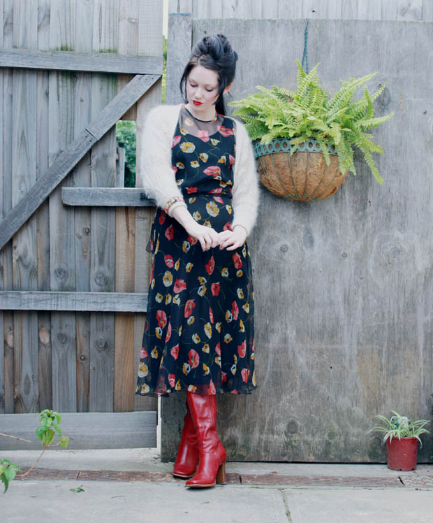 1970s dress red boots f