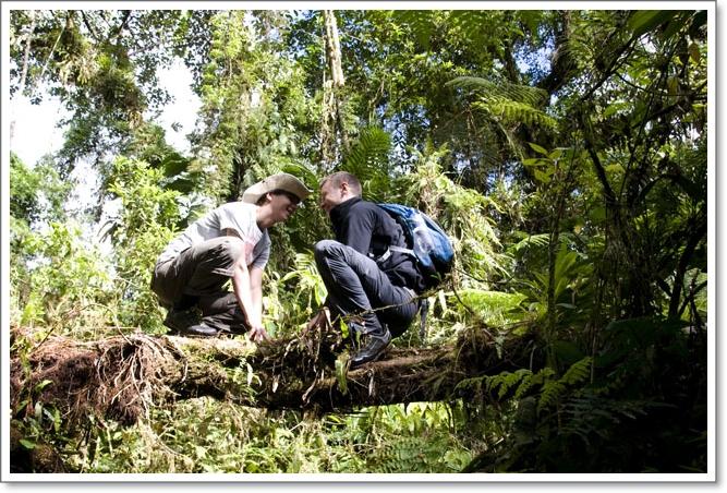 2011 07 25_Magda i Tomek Dookola Swiata_Clopaki wyjezdzaja_DSC_0178