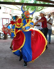 Flowing Colors (Angel Xavier Viera) Tags: mask dancing dancer performers plena vejigante pleneros panderos