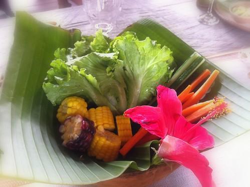 水煮玉米、生菜