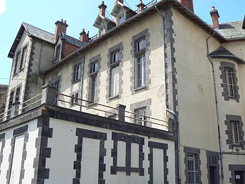 maison saint flour.jpg