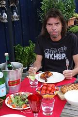 Ready, .... go ! (Elisabeth de Ru) Tags: salad strawberries focaccia martijn winecooler celisabeth85 elisabethderu