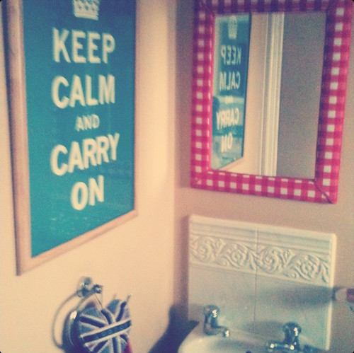 keep calm and carry on the loo