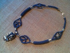 Girocollo blu con forchetta (patty macram) Tags: collier macrame collane gioielli immagini girocollo macram macramgioielli macrambijoux macramlavori macramaccessori macramgirocolli macrammargarete