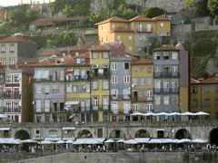 Porto, Cais da Ribeira (Valerio_D) Tags: portugal porto 1001nights oporto portogallo caisdaribeira anticando nikonflickraward 1001nightsmagiccity 2011estate