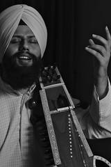 Saranda (singhsatnam) Tags: music sikhs sikh punjab taal sikhism guru waheguru khalsa rabab taus saranda raag hyms dilruba panth gurmat gurmatsangeet indianclassical satnamsingh swarmandal shabadkirtan punjabies nanaksahibji guruamardaasji dhadsarangi babasuchasinghji jawadditaksal ishmetsingh assaraag sikhmusict
