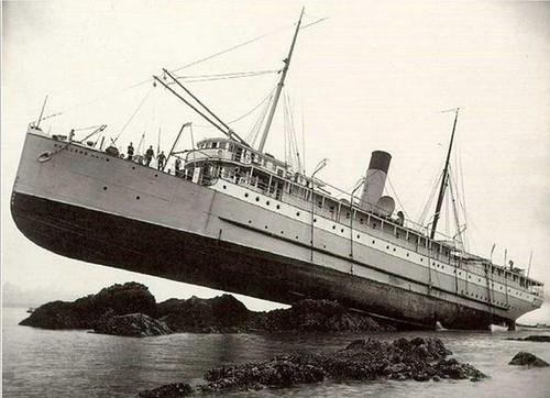 Yacht Wreck