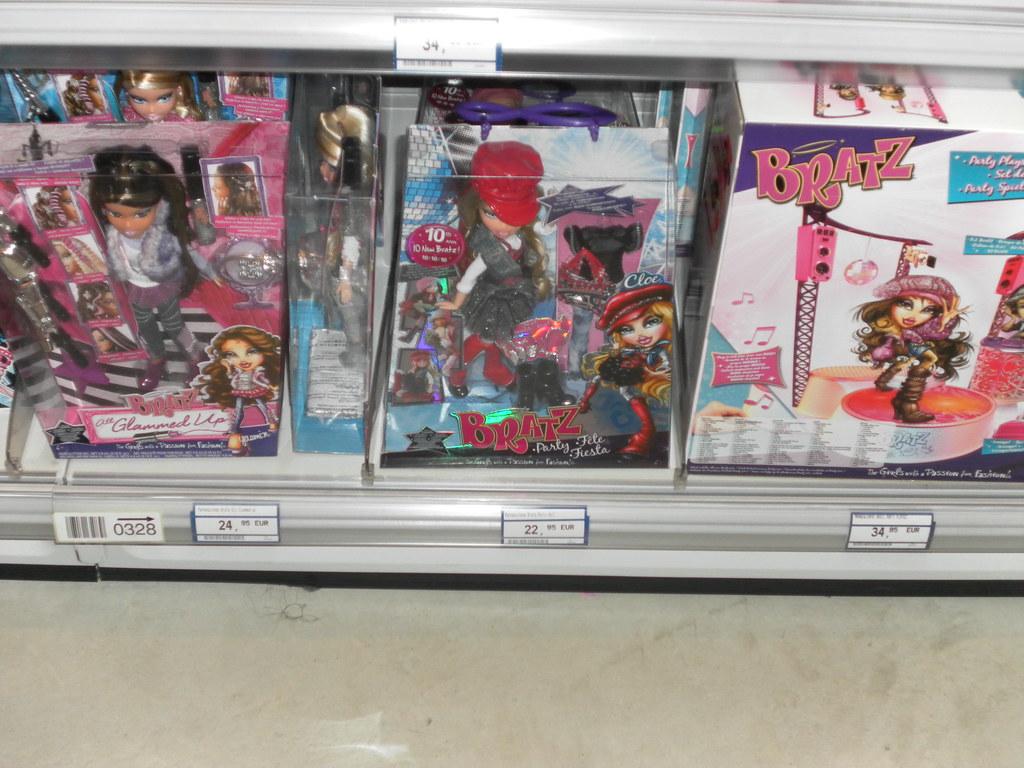 bratz @ the store