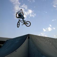 Skate Park de Cronenbourg (benster1970) Tags: bmx portra400 prefs rolleiflex35fplanar