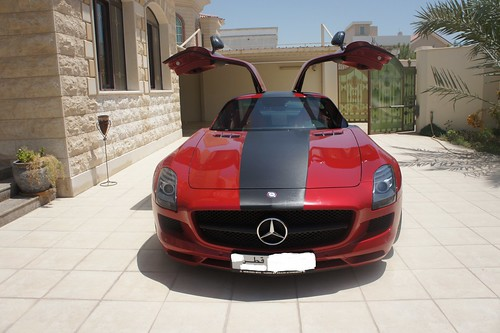 SLS AMG carbon fiber stripped