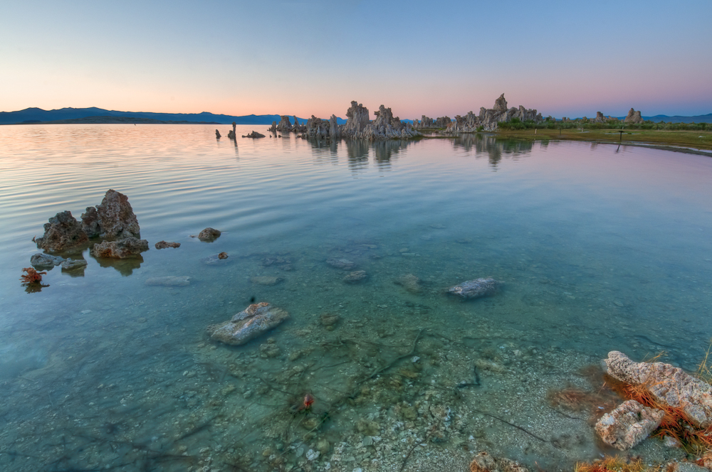 Sunset on Mono Lake (South Tuffa)