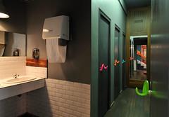 WC - Restaurant (Ulna system) Tags: les de porte mains sans contamination poignée hygiène