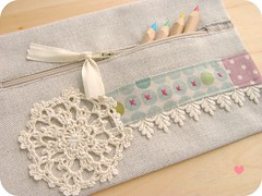pencil case (a n a ) Tags: stitch lace crochet zip doily backtoschool pencilcase naturalcolors linenfabrics estojoemlinho