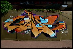 GAMES VIBES LADBROKE GROVE...2011... (Graffiti Junkie) Tags: street city streetart london art photography gold graff
