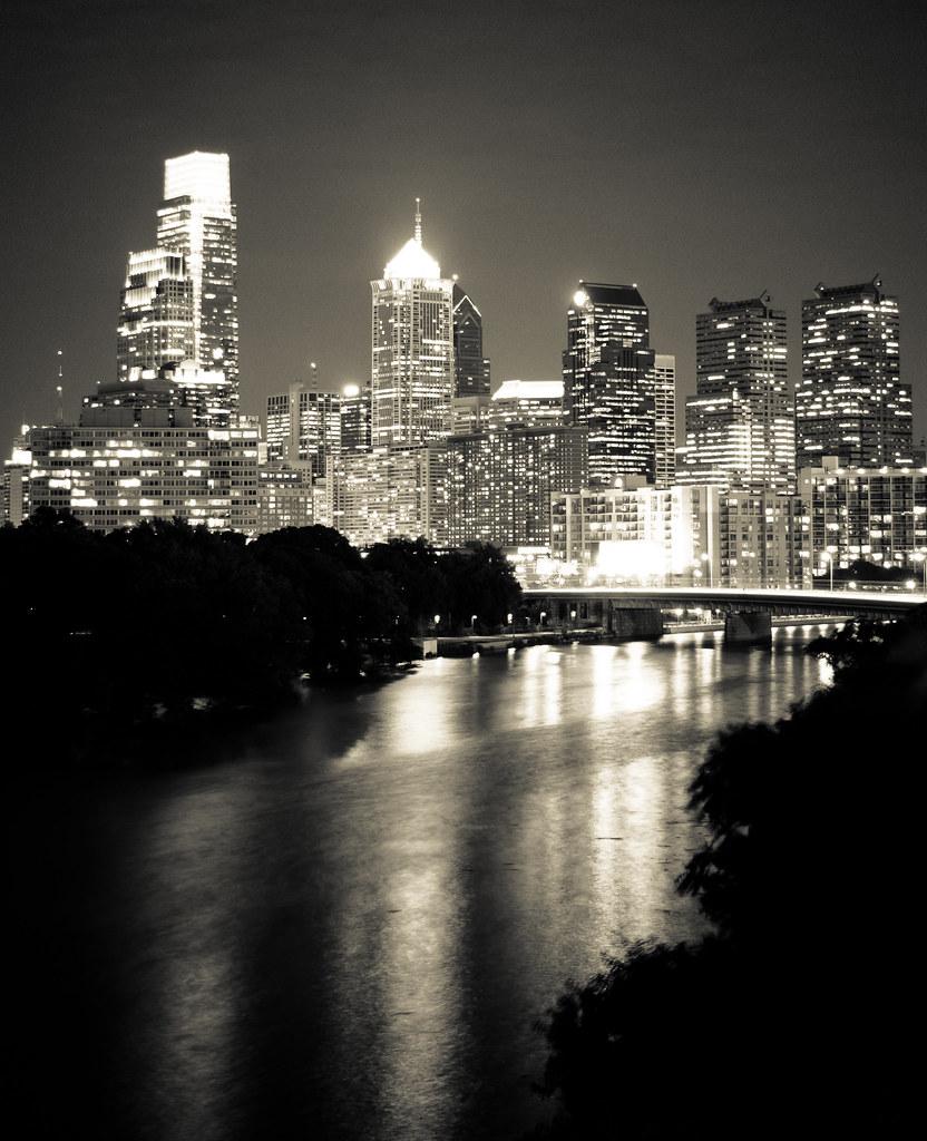 Philly - retro classic b&w