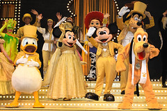HKDL July 2011 - The Golden Mickeys