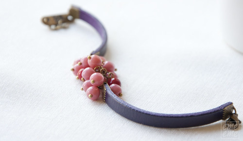 Bracelet - Purple leather with pink and red glass beads