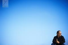 Un instant avec un grand homme (a moment with a great man) (Yannick Charifou Photography ©) Tags: life blue portrait sky blackandwhite white man black monochrome buch photography vacances cool nikon holidays dof noiretblanc bokeh muslim islam dune great bordeaux lifestyle sunny 50mm14 bleu ciel mature doctor instant moment mariage été stress ramadan teste scientist homme vie deepoffield yannick surgeon photographe musulman conseil congrès docteur minimaliste aquitaine gironde minimalisme médecin pylat 85mm14 minimale khoja médical témoin d700 ensolleilé gynécologue dunedepylat gynécologie charifou yannickcharifouphotography pohotograhie kojah