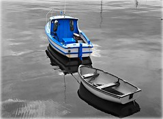 Portrush Blue Boat (Canon John's 7D (Wow! 3,000,000+ views, Thanks)) Tags: blue white black colour boats northernireland buoy ulster portrush buoyant portrushharbour