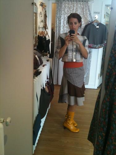 Adhesif Skirt