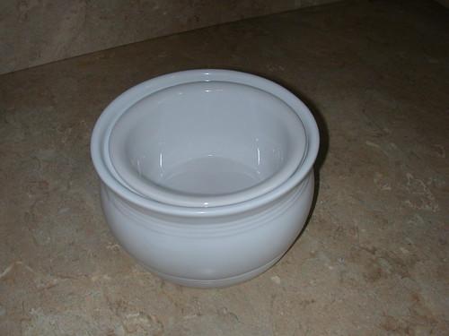 Sept 2011 $1 pot (2)