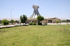 "Denkmal für die Ermordeten in Halabja (Foto:J.Dittrich) • <a style=""font-size:0.8em;"" href=""http://www.flickr.com/photos/65713616@N03/6035225378/"" target=""_blank"">View on Flickr</a>"