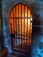 Imprisoned in the Tower of London (Steve Taylor (Photography)) Tags: door uk england london metal iron royal cell prison londres gb locked toweroflondon prisoner imprison