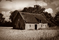 2011_07_23_01_0006_5 (jsfotografie.com) Tags: france sepia frankreich oldhouse normandie normandy alteshaus leicam3 industar26