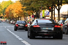 Diplomatic Convoy (U-Jack) Tags: auto black paris car sport germany eos mercedes benz automobile d duo voiture anderson german 200 l usm 500 guillaume avenue audi 70 70200 f4 spotting v10 amg sighting r8 allemand sportcar 500d carspotting hoche ujack c63 worldcars carsighting fougle canonnoire