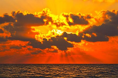 フリー写真素材, 自然・風景, 雲, 夕日・夕焼け・日没, 海,