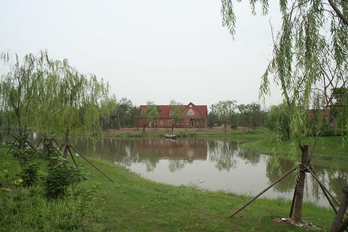 2011-08-21 - Gucun Park - 06 - Lake