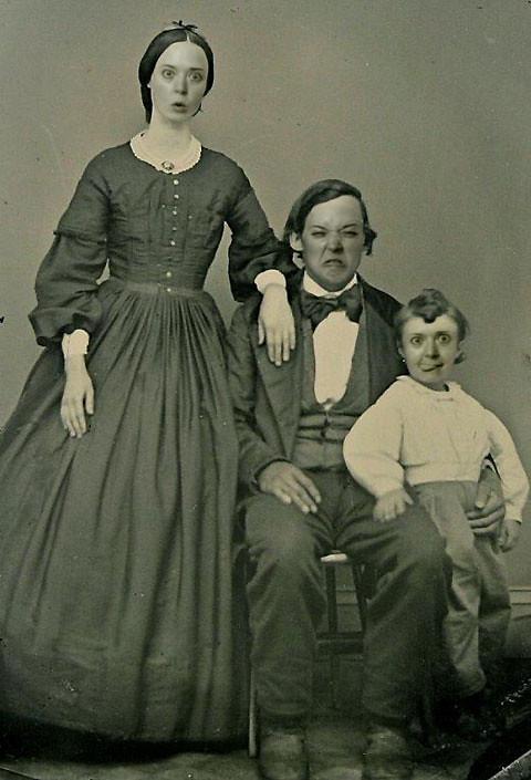 STELLOinHOLE - Victorian family