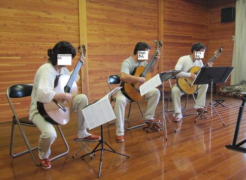 YAYOYAYOハギナベ三重奏@ギタアンOB会B 2011年8月27日 by Poran111