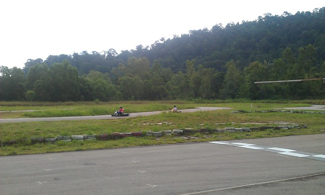 3 Gokarting Batam Harris