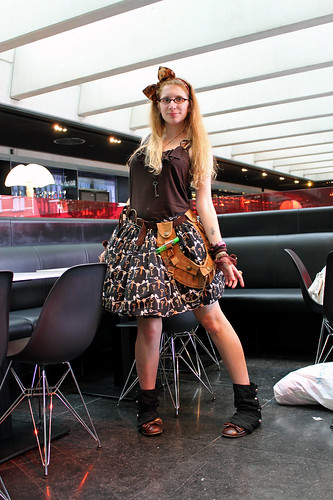 outfit 10.9.2011, Steampunk Lolita (stage 3)