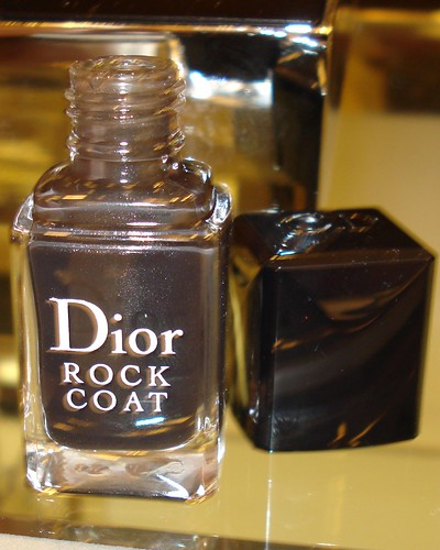 Lisa Michaels demonstrates Dior Rock Coat