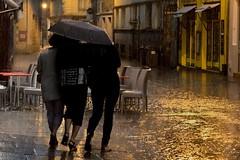 Rennes #32 (billy_boy_35) Tags: pluie rennes orage parapluie passant piéton averse